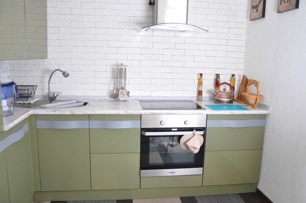 Современный кухонный угловой гарнитур цена в Астрахани