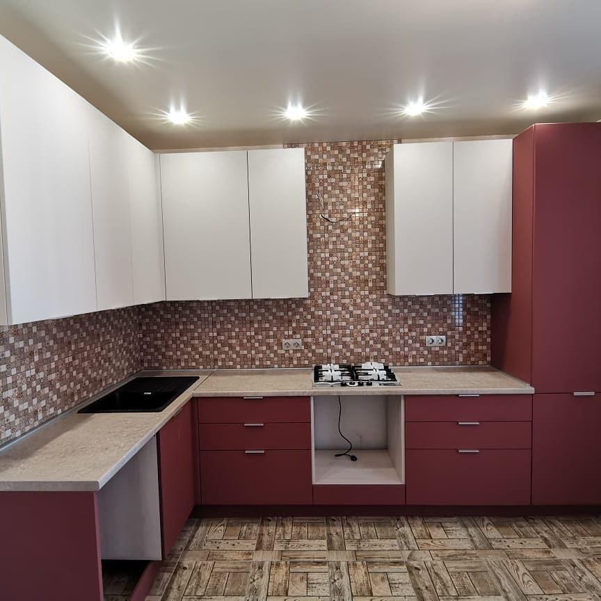 бело красный кухонный гарнитур