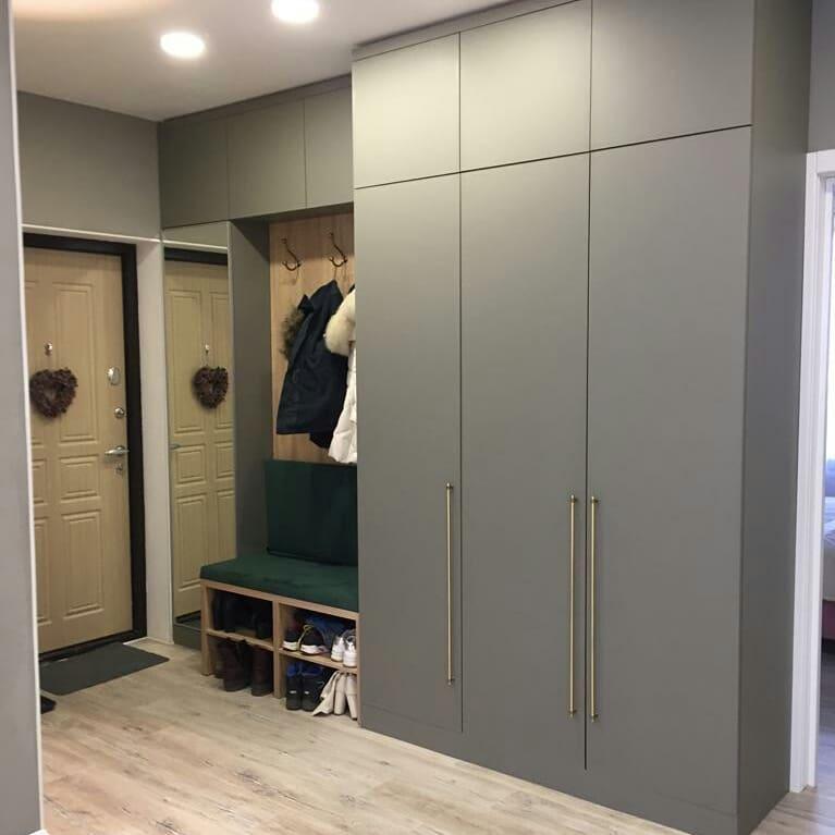 распашной шкаф для одежды